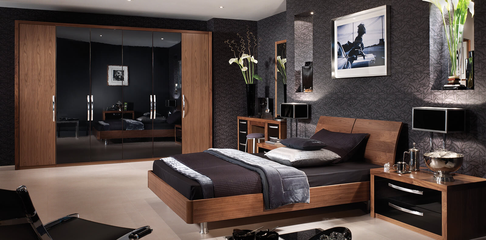 gloss-bedroom